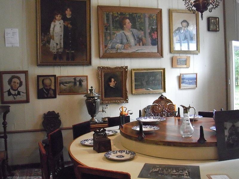 Интерьеры дома-музея Пенаты