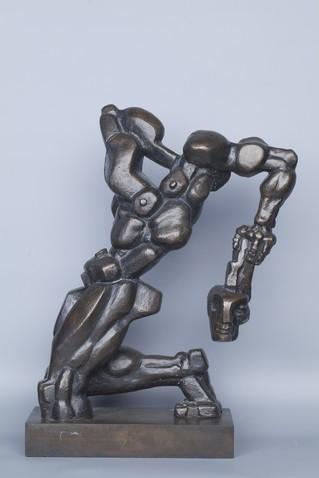 """Работа скульптора """"Бертран де Борн"""""""