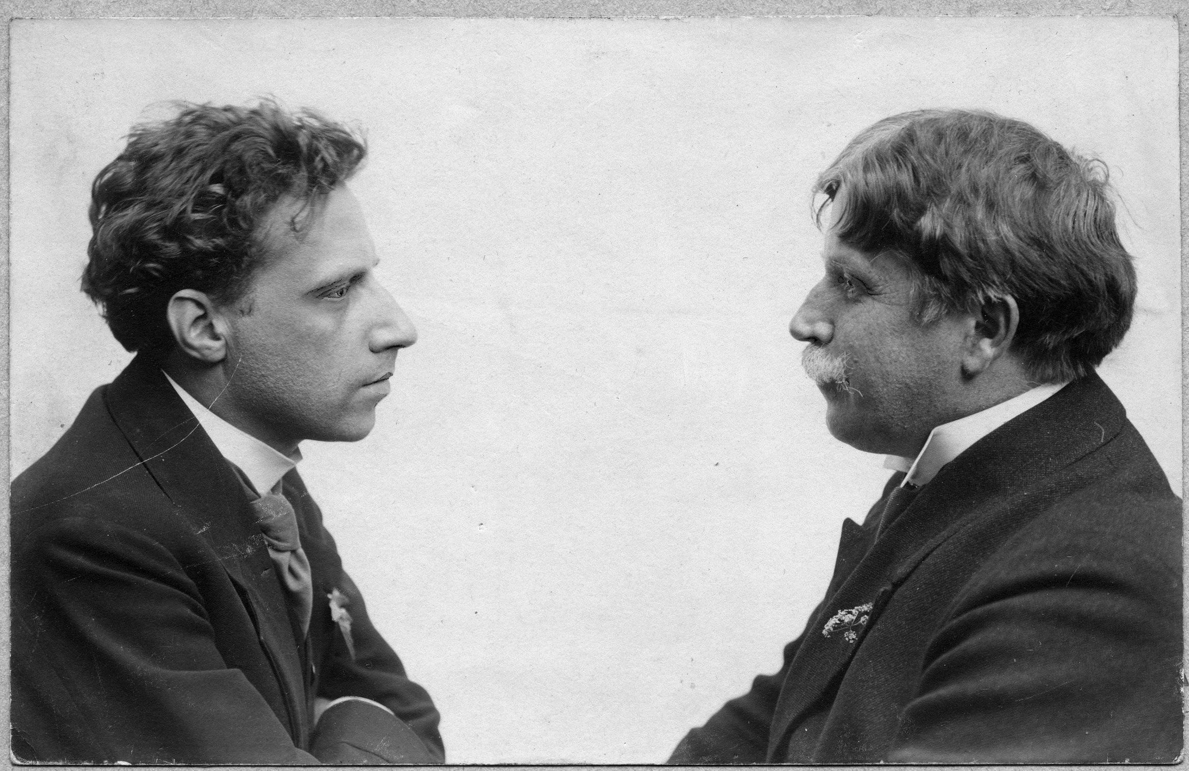 Всеволод Мейерхольд (слева) с художником Александром Головиным (справа)