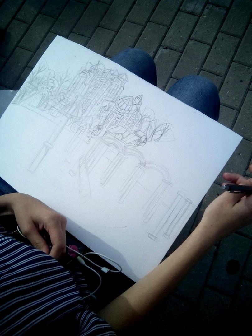 Рисунок Юли в процессе