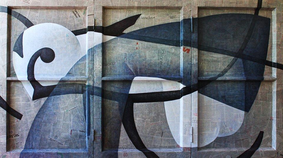 Эти работы Роман написал на окнах, которые нашел возле старинного дома в Соффии - в здании окна заменили на пластиковые. Художник решил подарить им вторую жизнь и создал серию работ с болгарскими окнами