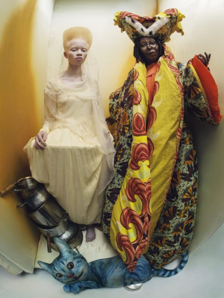6-THE-ROYAL-DUCHESS-AND-PRINCESS-OF-HEARTS-WHOOPI-GOLDBERG-AND-THANDO_1-462x615